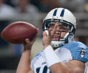Jake Locker - actionshot photo