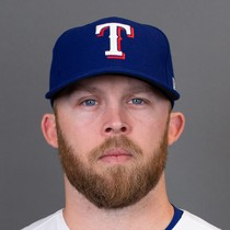 Cody Allen slams door on Yankees photo