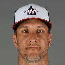 Yan Gomes get stitches on thumb photo