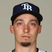 Blake Snell dominates in third win of the season photo