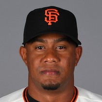 Wandy Peralta signs one-year deal with Giants photo