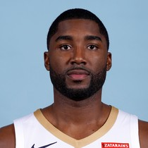 E'Twaun Moore drains two triples in win over 76ers photo