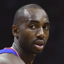 Luc Mbah a Moute (illness) will play on Saturday photo