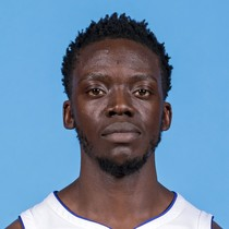Reggie Jackson leads reserves with 16 points photo