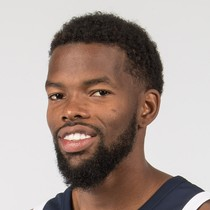 Aaron Brooks notches double-double in win over Hornets photo