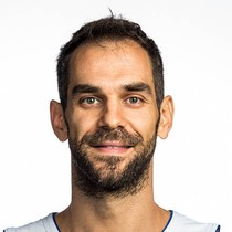 Jose Calderon starts Game 4 photo