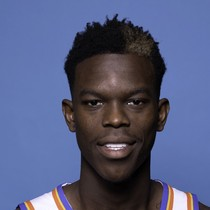 Dennis Schroder tallies double-double against Pistons photo