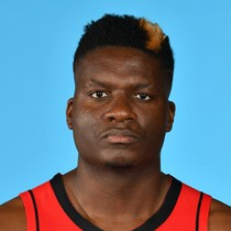 Clint Capela scores 13 points with nine rebounds against Spurs photo