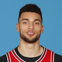 Zach LaVine scores 26 points in 25 minutes Sunday at Toronto photo