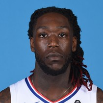 Montrezl Harrell solid for 14 points against the Dubs photo