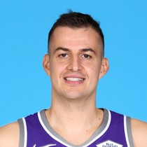 Nemanja Bjelica has rough shooting performance against the Clippers photo