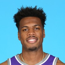 Buddy Hield leads Kings with 26 points Monday night photo