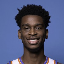 Shai Gilgeous-Alexander scores 17 against the Kings photo
