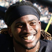 Cordarrelle Patterson goes for 28 yards in win photo