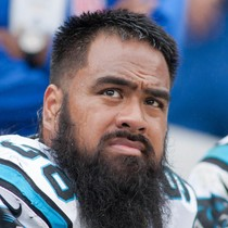 Star Lotulelei expected to sign five-year deal with Bills photo
