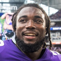 Dalvin Cook practicing on Wednesday photo