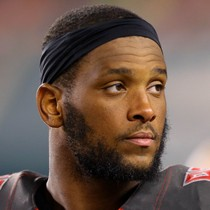 O.J. Howard out for the season photo
