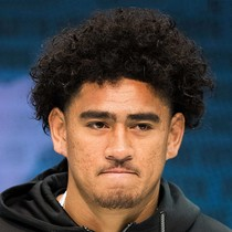 Devin Asiasi selected No. 91 by New England Patriots photo