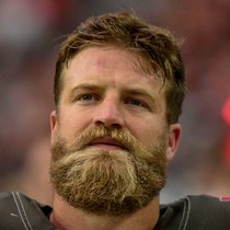 Ryan Fitzpatrick agrees to two-year deal with Dolphins photo