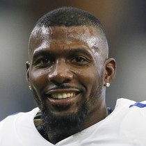 Dez Bryant meets with Browns, leaves without contract photo