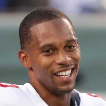 Victor Cruz expected to sign with Bears photo