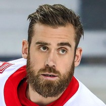 Henrik Zetterberg with two assists versus Maple Leafs  photo
