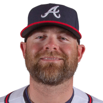 Brian McCann leaves with left knee soreness photo