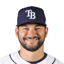 Mike Zunino leaves Monday's game with hip flexor tightness photo
