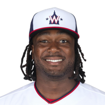 Josh Bell's rough stretch continues, going 0-for-3 photo