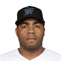 Jesus Aguilar inks one-year deal with the Marlins photo
