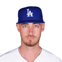 Cody Bellinger reasserts himself in the home run race photo