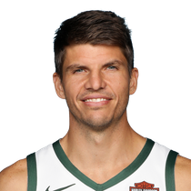 Kyle Korver finds his shooting touch with 13 points against the Nets photo