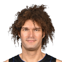 Robin Lopez scores 13 in Saturday's loss photo