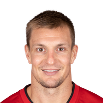 Rob Gronkowski to strongly consider retirement  photo