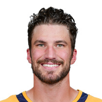 Roman Josi adds two assists against Flames photo