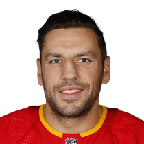 Milan Lucic plays his 1000th career NHL game photo