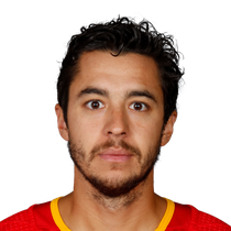Johnny Gaudreau scores and assists in win photo