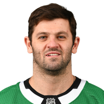 Alexander Radulov with a pair of goal and an assist in win over Avalanche  photo